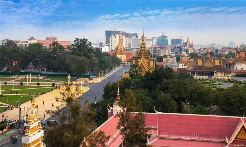 紫晶壹号:柬埔寨利好频传,有望年底率先恢复开放经济各领域!