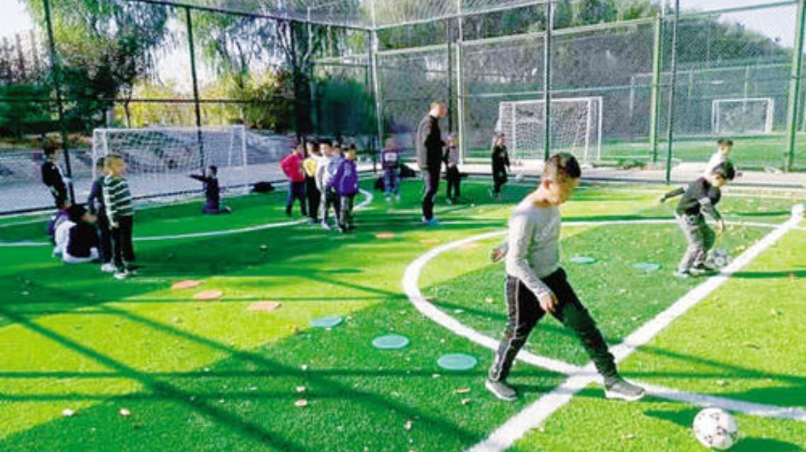 预计到2025年社会足球场地全面开放