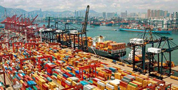 世界四大湾区 深圳港口集装箱吞吐量居首位